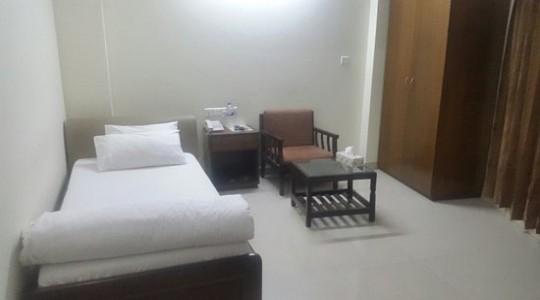 Hotel G M Suites